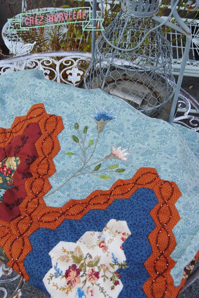 broderie-ruban-atelier-patchwork-et-point-compte-6
